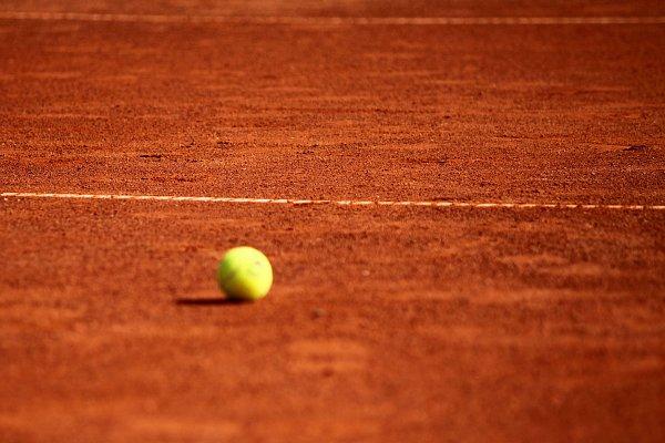 Domluv si přátelák v tenisu a beachi